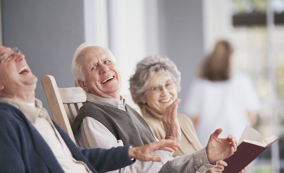 cuidado-ancianos-felices-00-maid-in-barcelona