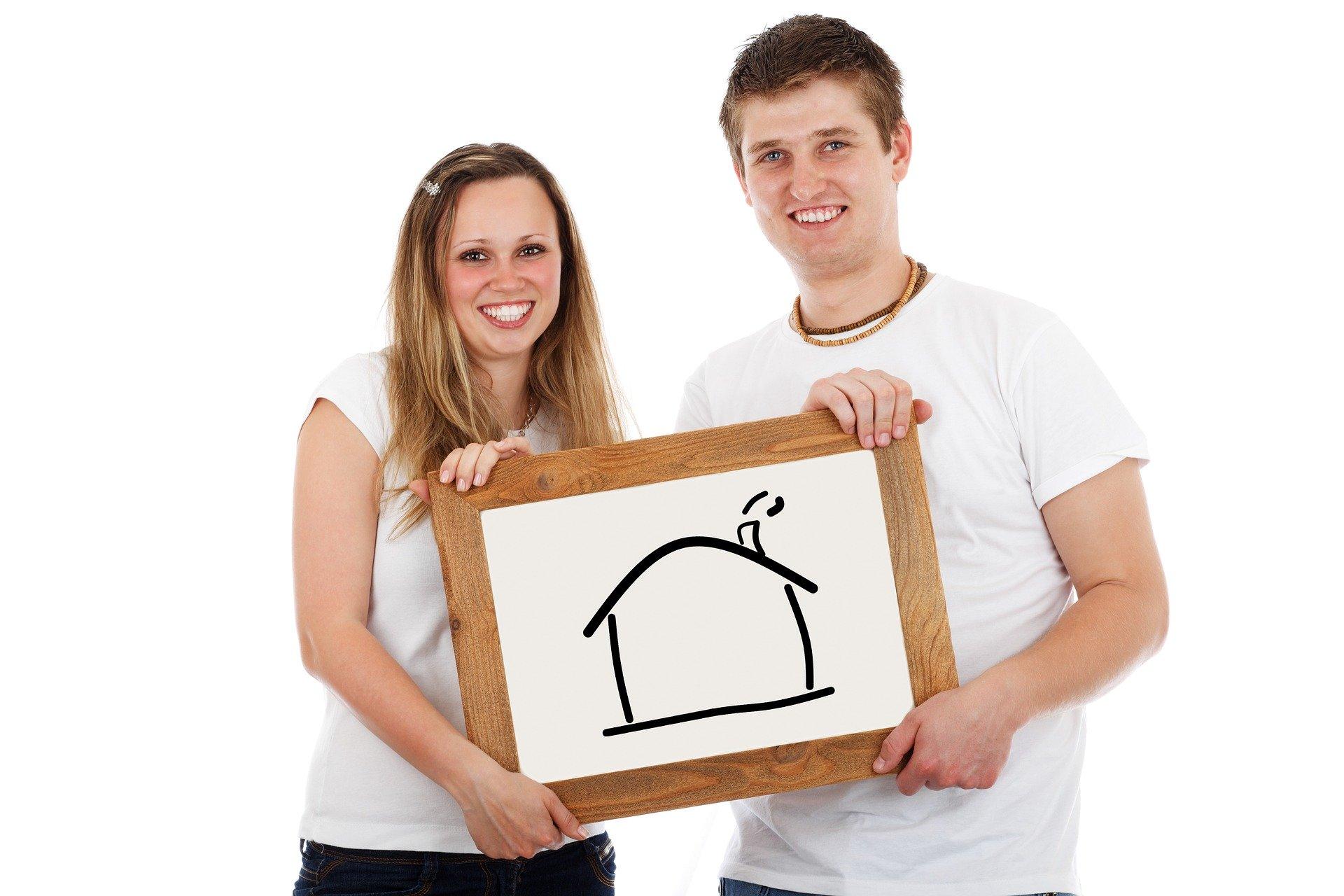 jovenes comprando primera vivienda